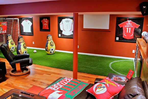Man Cave Ideas Soccer : The most absurd sports caves on social brandwatch